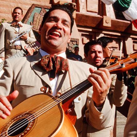 4 canciones mundialmente conocidas que identifican a México